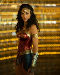 Wonder Woman 1984 pic 2