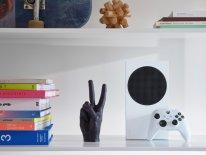 Xbox Series S hardware design lifestyle 3