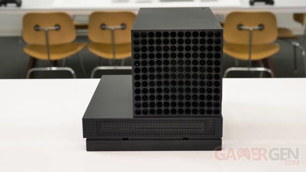Xbox Series X taille comparaison images Eurogamer 2